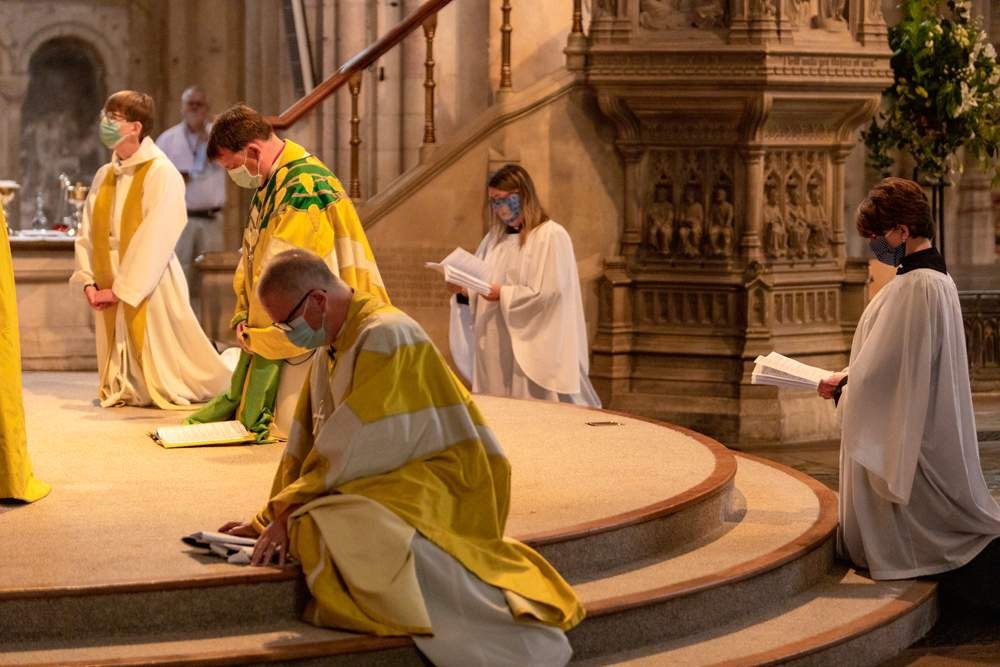 Ordinations750