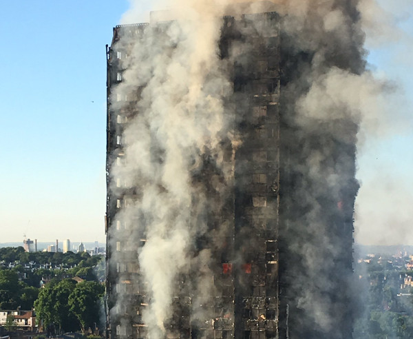 GrenfellTowerfiremorningCF